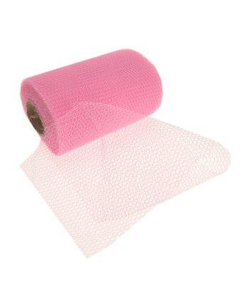 Roze gaas stof op rol